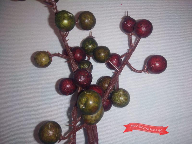 Creangă de crăciun cu fructe 28cm -