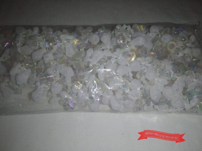 Șirag cu model diamant alb 270 cm