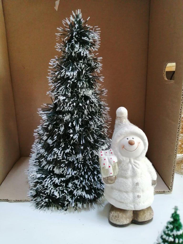 Om de zăpada -