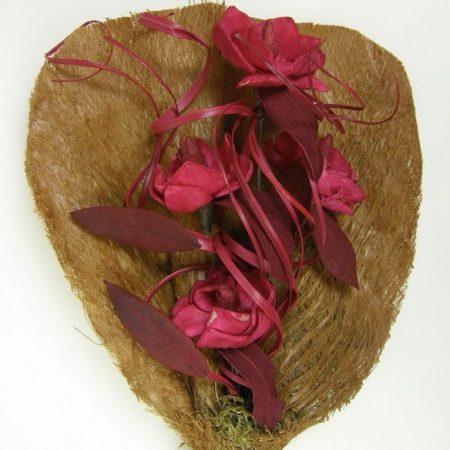 Buchet magnolia flori rosii