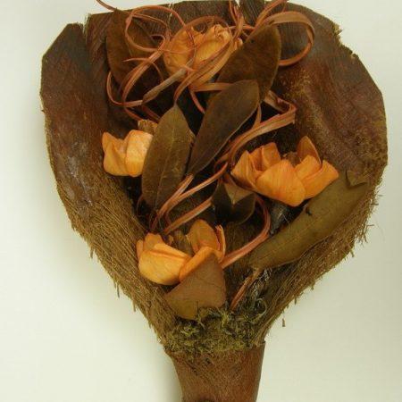 Buchet magnolia flori portocalii