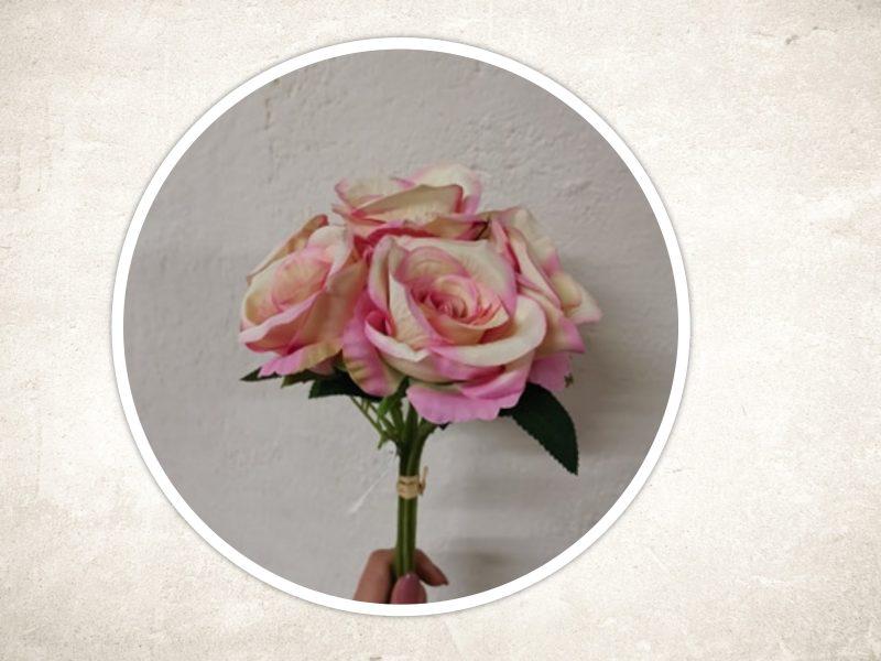 Buchet trandafiri 7 fire