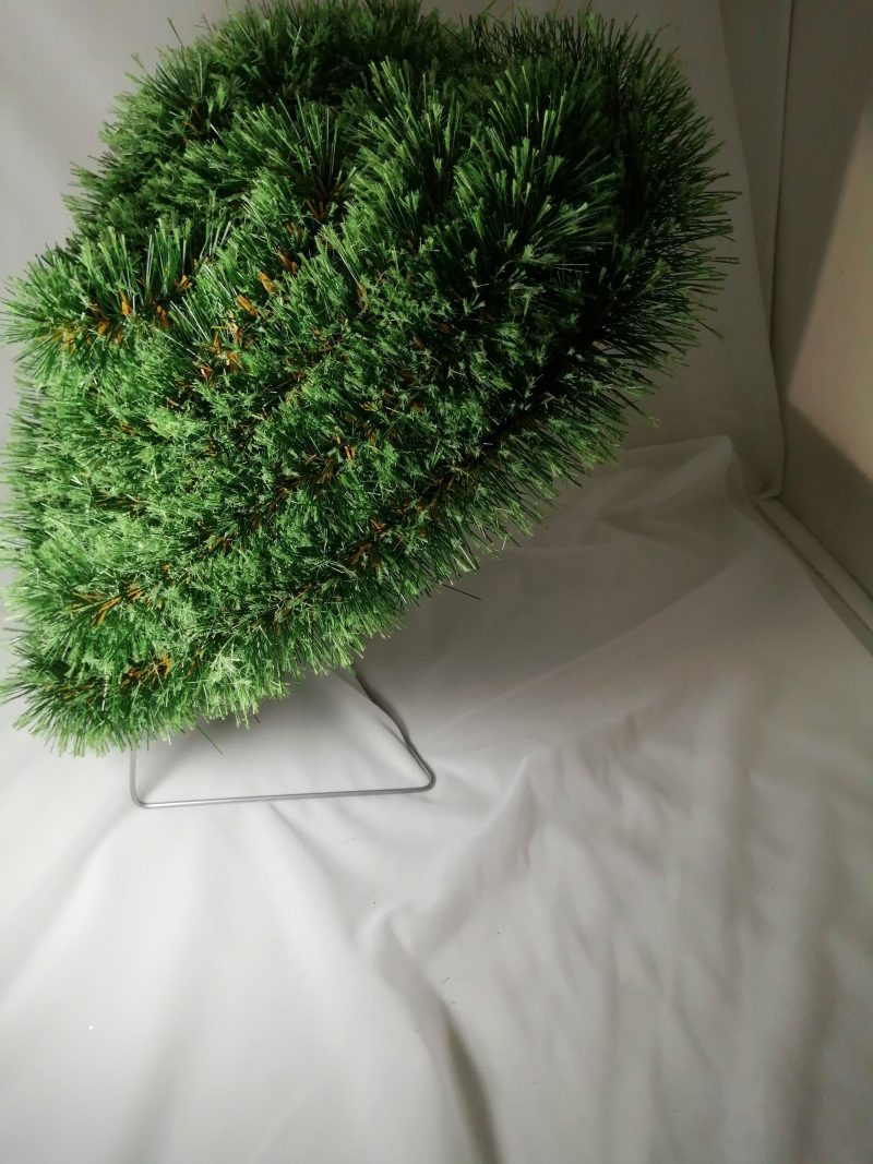 Coroana artificiala pin pe suport (40/42) -