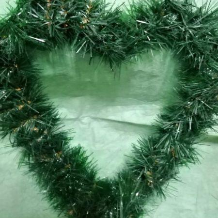 Brad artificial forma inima 1