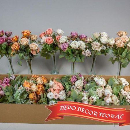 Buchet trandafiri7 flori mixt