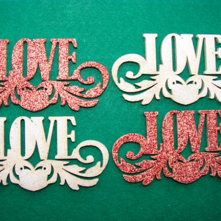 """Figurine din lemn cu sclipici """"LOVE"""" 4 buc"""