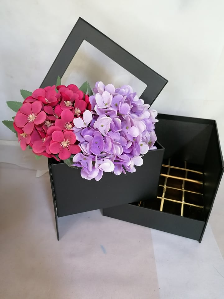 Cutie 2 in 1 flori si ciocolata -