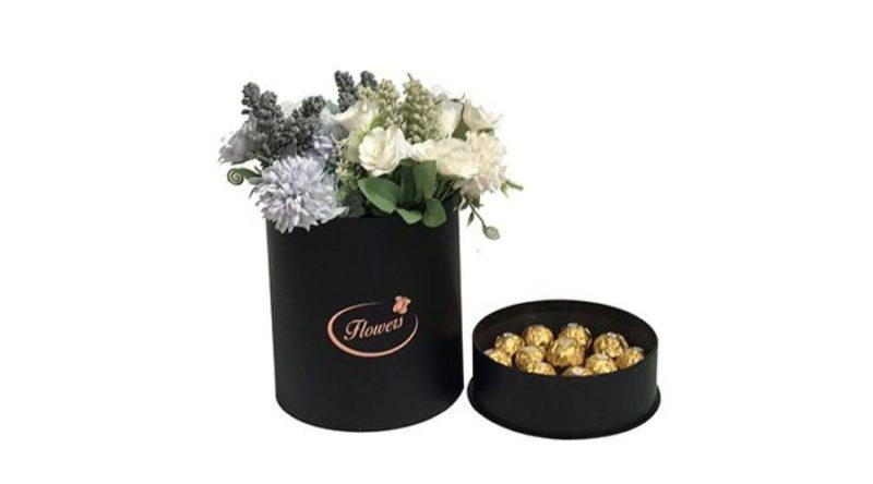 Cutie 2 in 1 Ciocolata si flori -