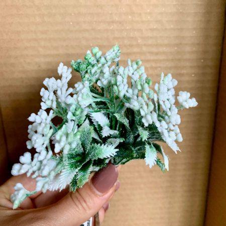 Verdeata cu floricele albe si sclipici 1 buc